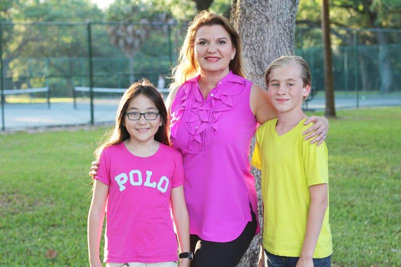 foto-Rebeca-Segebre-con-sus-hijos-David-y-Julia---Vive-360-con-Rebeca-Segebre
